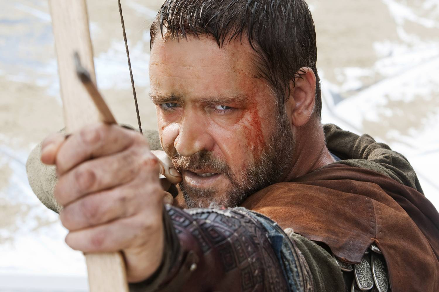 Tv home movie review robin hood 2010 movie review robin hood 2010