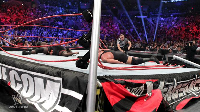 Mark Henry Big show 3 Wrestling Worth Watching: WWE Vengeance (10/23/11) and Webshows