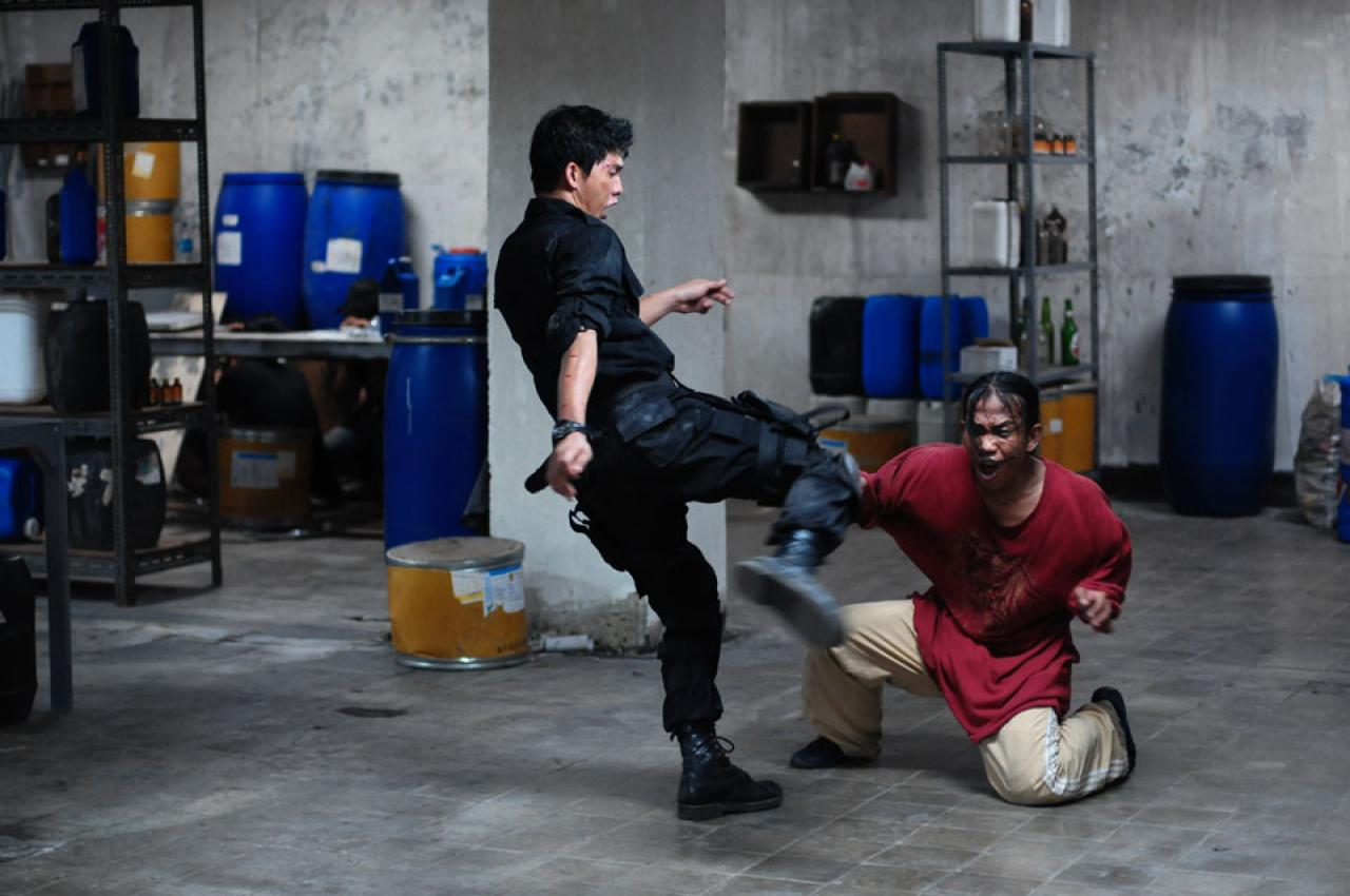 The Raid Redemption Movie Review: The Raid: Redemption (2012)
